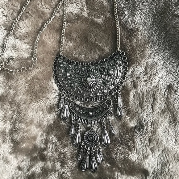 American Eagle Outfitters Jewelry - Bohemian necklace